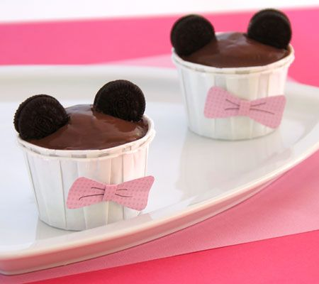 Minnie Mouse Pudding Cups: http://di.sn/eEU