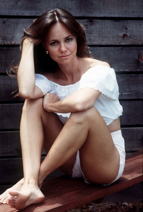 Sally Field, love her!  (my older sister always reminded me of her ~ oh how I miss her)
