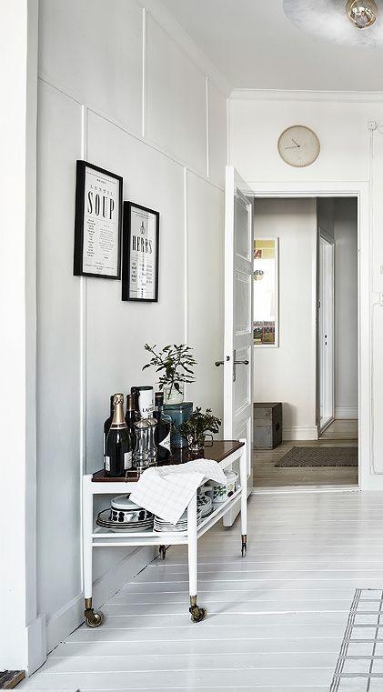 Stylish white kitchen - via Coco Lapine Design
