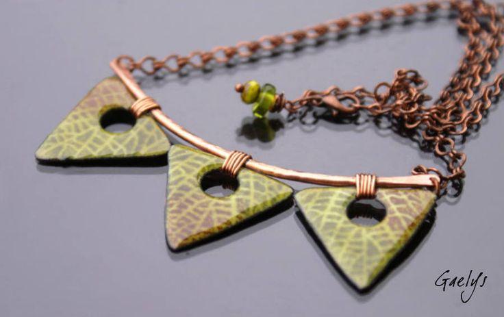 Autumn - Gaelys coliza - Semi rigid - 3 triangles - enameled copper plate necklace - leaf by Gaelys on Etsy https://www.etsy.com/listing/548240958/autumn-gaelys-coliza-semi-rigid-3