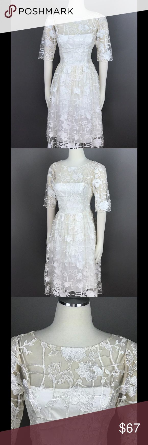 Adrianna Papell Dress Rose Embroidered NEW Adrianna Papell White Ivory Party Dress Size 6 Rose Embroidered Grid Sheath $229 NEW Adrianna Papell Dresses Midi