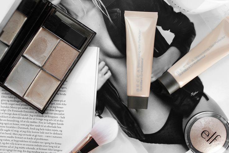 Er du også besat at det våde, highlightede look? Her er en liste med de bedste highlighters der giver den perfekte glossy effekt.