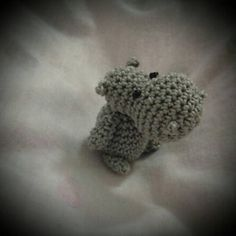 "Minii Hippo - Free Amigurumi Crochet Pattern English and German - PDF Version - Click to ""download"" here: http://www.ravelry.com/patterns/library/elefant---elephant"