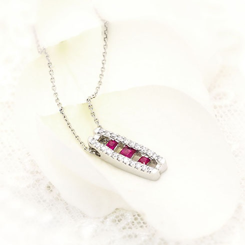Rubies & diamonds gorgeous necklace by Coriolan