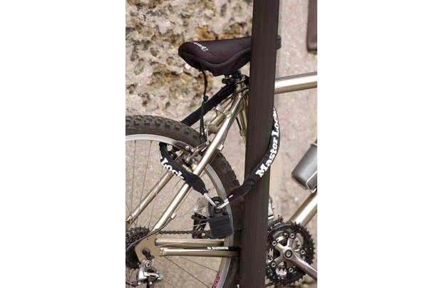 Master Lock Cycle Chain and Padlock