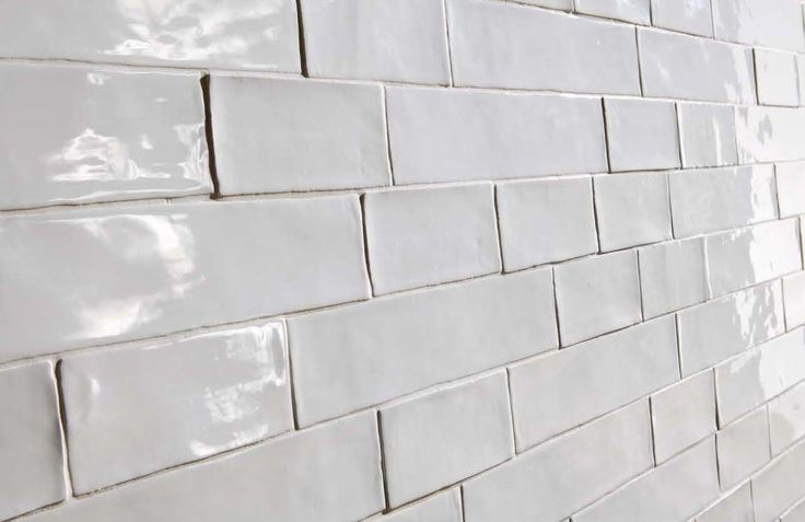 7.5x30 cm - 3 inch x 12 inch White vintage hammered subway tiles. Vintage metro tiles are great for bathrooms, kitchens. Call us in Dublin