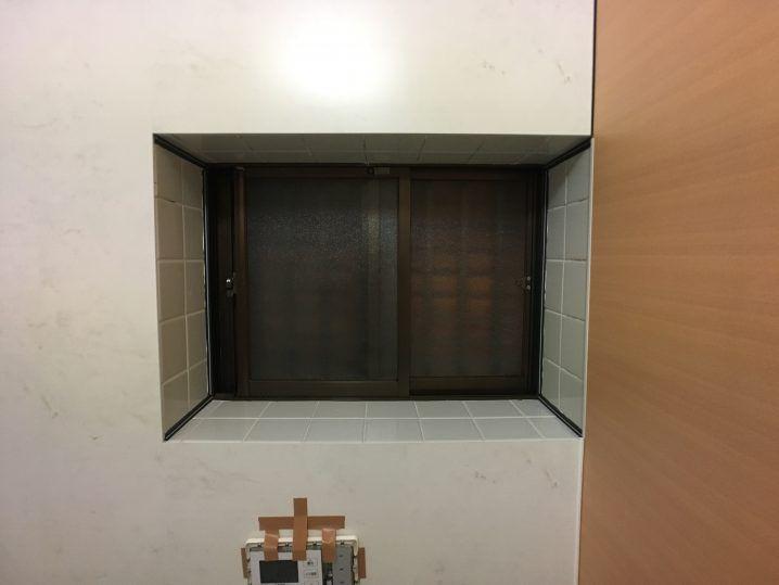 浴室タイル壁にバスパネル アルパレージ をdiyで貼り付け施工する方法 2020 浴室 タイル バスルームミラー
