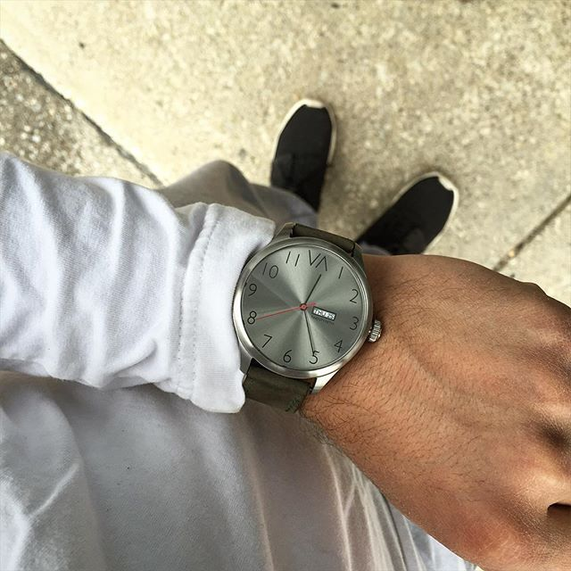 Metal slate with olive green leather. Link in bio to pre-order ⌚️_______________________________________________  #ootd #watches #watchesofinstagram #fashion #mensfashion #menswear #whatiwore #dream #success #motivation #friends #jeeplife #watchporn #fashionblogger #boss #goodlife #love #amazing #menswatches #watchdaily #blogger #watchdaily #instadaily #urban #dream #design #watchfreak #jeep #photooftheday