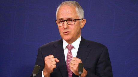 """'Inexplicable': PM demands answers over killing of Aussie woman by US police officer https://tmbw.news/inexplicable-pm-demands-answers-over-killing-of-aussie-woman-by-us-police-officer  Published time: 19 Jul, 2017 21:04Australia's Prime Minister has called the fatal shooting of an Australian woman, Justine Ruszczyk, 40, also known as Justine Damond an """"inexplicable"""" killing and said his government is demanding answers.""""How can a woman out in the street in her pajamas seeking assistance from…"""
