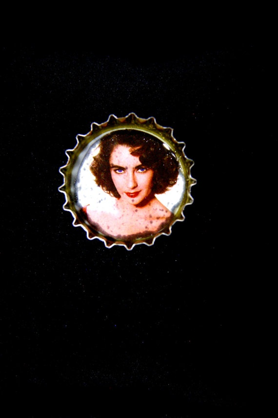 Brooches by RenatasArt on Etsy, €7.00