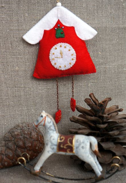 Ежевика: Часы с кукушкой. Готовлюсь к новому году.
