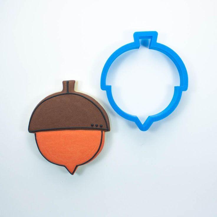 Modern Acorn Cookie Cutter