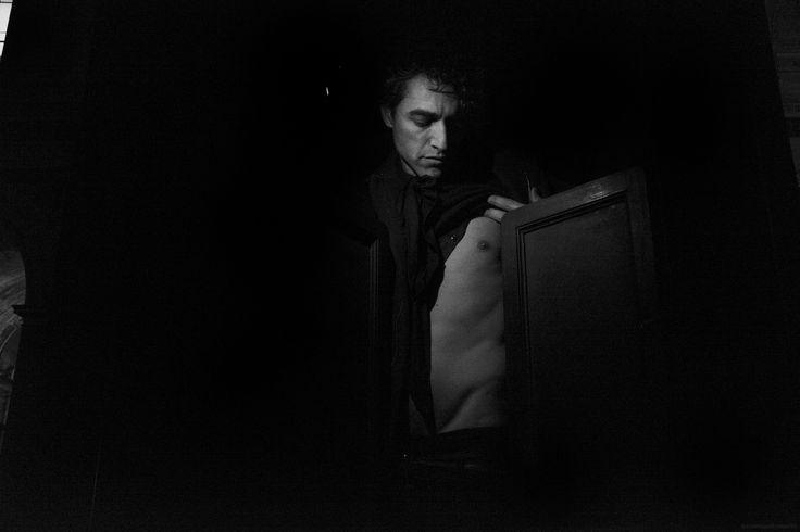 CHE TU SAPPIA DI ESSERE IN PRESTITO SUL PIANETA TERRA. by Lucrezia Testa Iannilli on 500px  STUDIO SU FEDERICO.  starring   Federico Tinelli  phstory ©Lucrezia Testa Iannilli // Milano Feb 2015