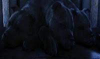 14 augustus 2012: Slaap en problemen. Foto: Fluffy, de driekoppige hond, die luid snurkend in slaap valt als hij muziek hoort, in Harry Potter and the Sorcerer's Stone