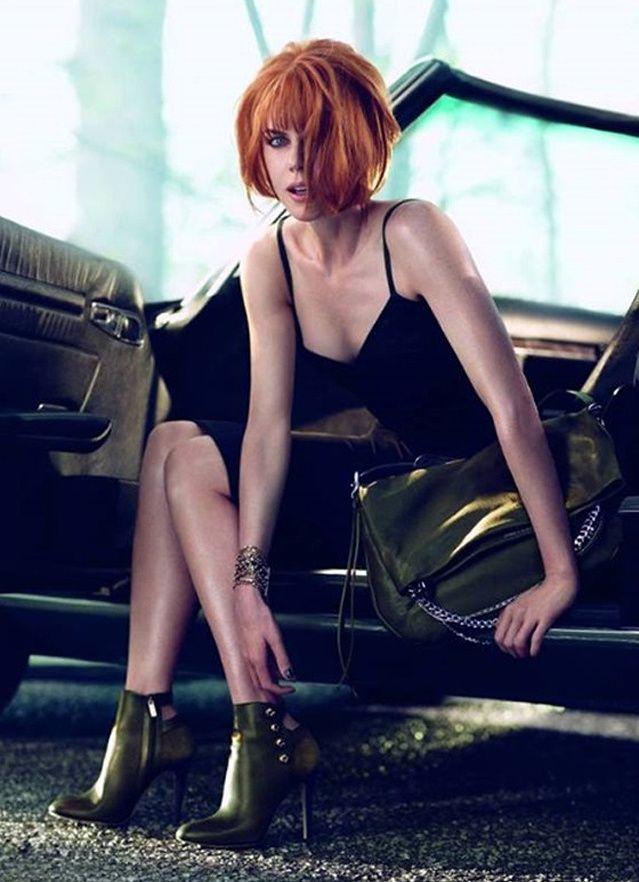 Ψηλές σέξι μπότες σε υπέροχα πόδια: Η Nicole Kidman μεταμορφώνεται για τον Jimmy Choo