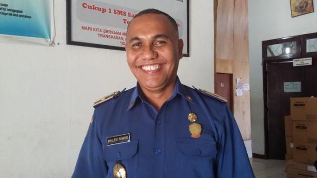 Kepala Kantor #Damkar Kupang, mewajibkan tmpat karaoke utk memasang alarm kebakaran   #kupang
