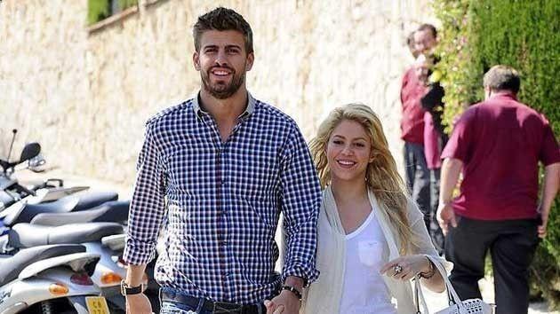Los famosos ms bajitos de estatura - Shakira