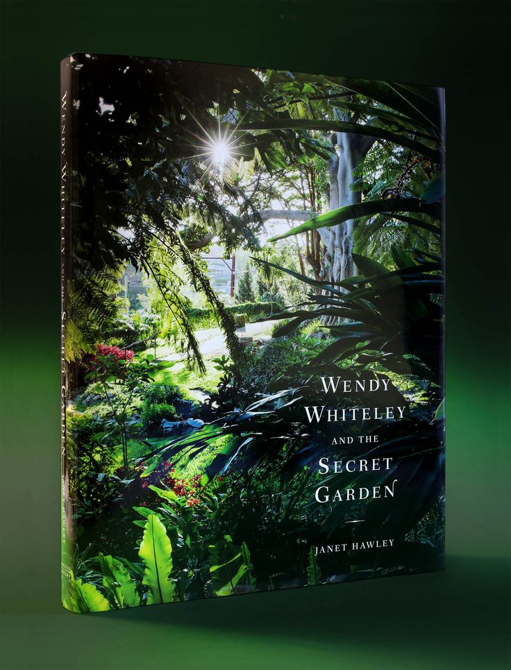 Wendy Whiteley and the Secret Garden _ Janet Hawley / Designed by Daniel New / Photography by Jason Bucsh /  Penguin / Lantern / Cookbook / Book Design / Cover