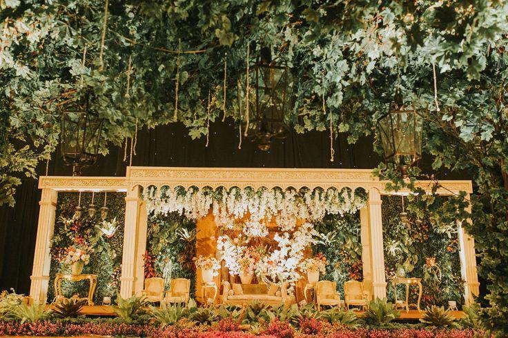 Pernikahan Adat Jawa Solo Klasik ala Titi dan Lukman - TitiLukman_Day2_1720