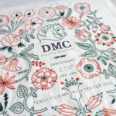 今回の展示会にむけて、刺繍メーカーのDMCとキットを制作していました。  DMCは25番の刺繍糸を生み出した伝統あるフランスの老舗。  一緒にお仕事ができてたいへん光栄です。  ちょうどDMCさんが来年270周年だということで、  スペシャルなキットになりました。  270周年記念のカレンダー 「DMC Anniversary Calendar」  12ヶ月の植物をウール糸で仕上げるタペストリー