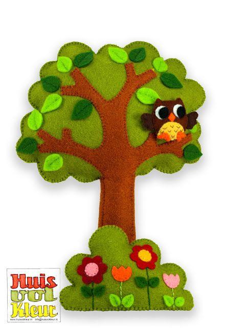 Felt tree - love the owl