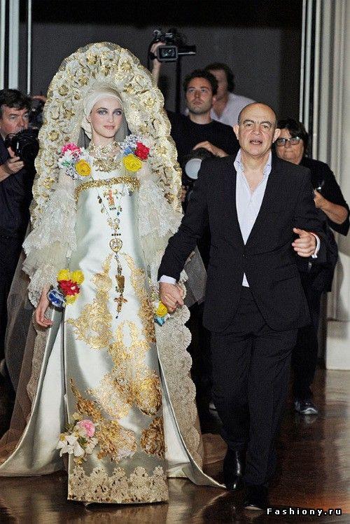 Показ Christian Lacroix на Неделе высокой моды в Париже / кристиан лакруа свадебные платья
