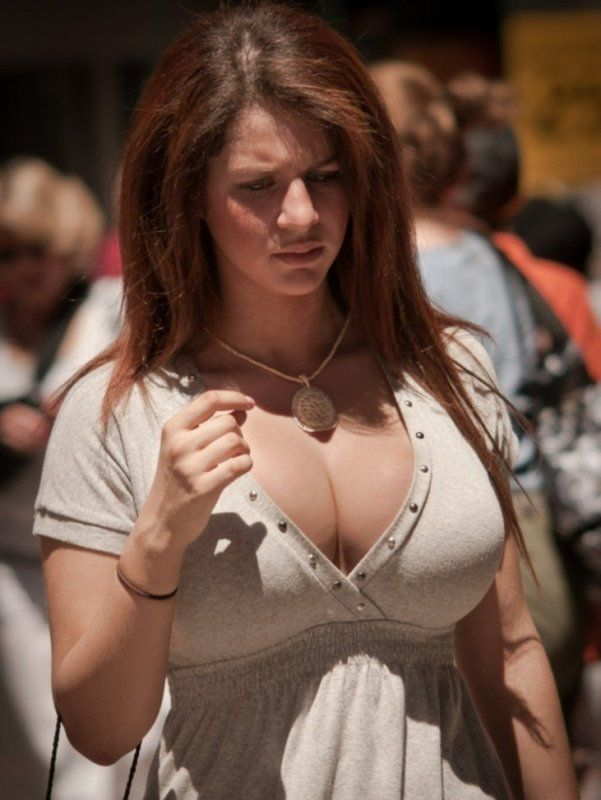 Hot Women With Nice Tits 56