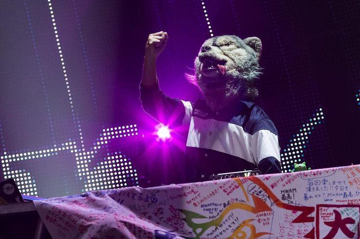 Osaka you were awesome! Can't wait to see you again next year✨ #manwithamission #mwam #music #rock #band #wolf #wolves #kamikazeboy #jeankenjohnny #tokyotanaka #djsantamonica #spearrib #tour #concert #party #japan #osaka #intexosaka #thankyou #fan #love #theworldsonfire #theworldsonfiretour2016 #TWOFtour2016