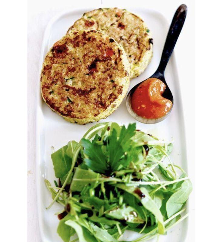 #HealthyFood Le mercredi c'est conseils nutritionnels ! Aujourd'hui nous vous proposons des galettes quinoa et petits légumes, bon appétit ! :-) #Brest http://www.sybe-sport.com