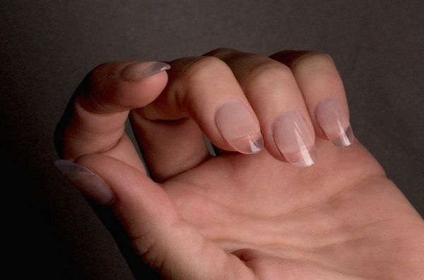 Transparent, Arcylic, Gel or Silk #Nails: Which One would You Like to Wear