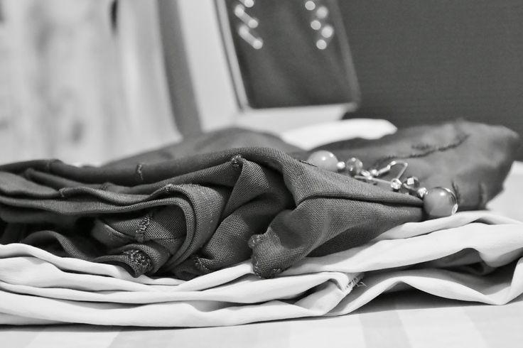 Ideen für das Ändern von Kleidung, die nicht richtig passt wie Kürzen, Verschmälern, Ärmellänge anpassen - Refashion Inspirationen