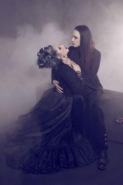 goth couple on Tumblr