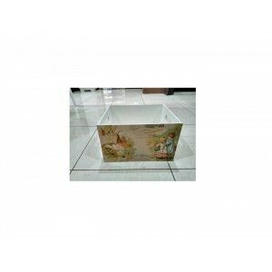 Multifunction box with elegant vintage design ready to decorate your room. Size: 25x30 cm