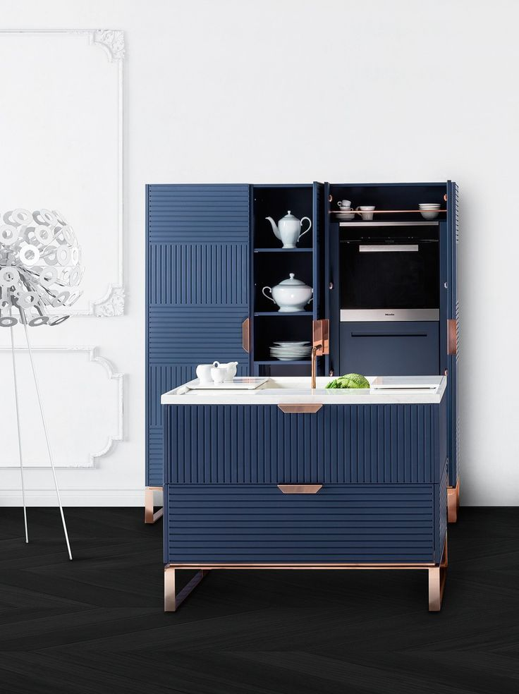 Lacquered #kitchen with island with handles MIUCCIA - @tmitaliacucine #blue