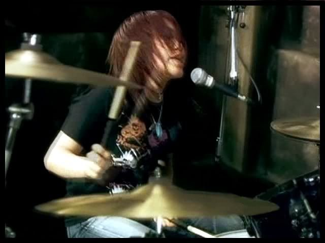 nao kawakita | love Nao Kawakita because she is an awesome drummer! give one reason ...