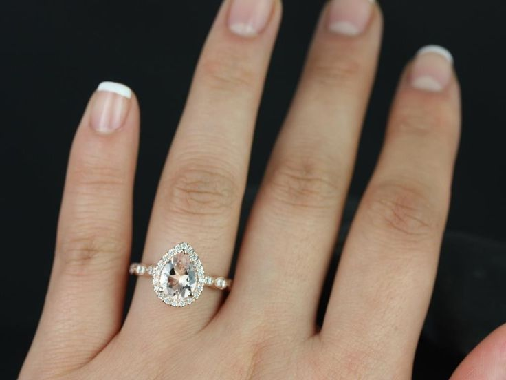 Best 25+ Teardrop engagement rings ideas on Pinterest ...