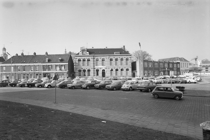 Breda. Kloosterplein t/m Kraanstraat, overzicht. 1976.