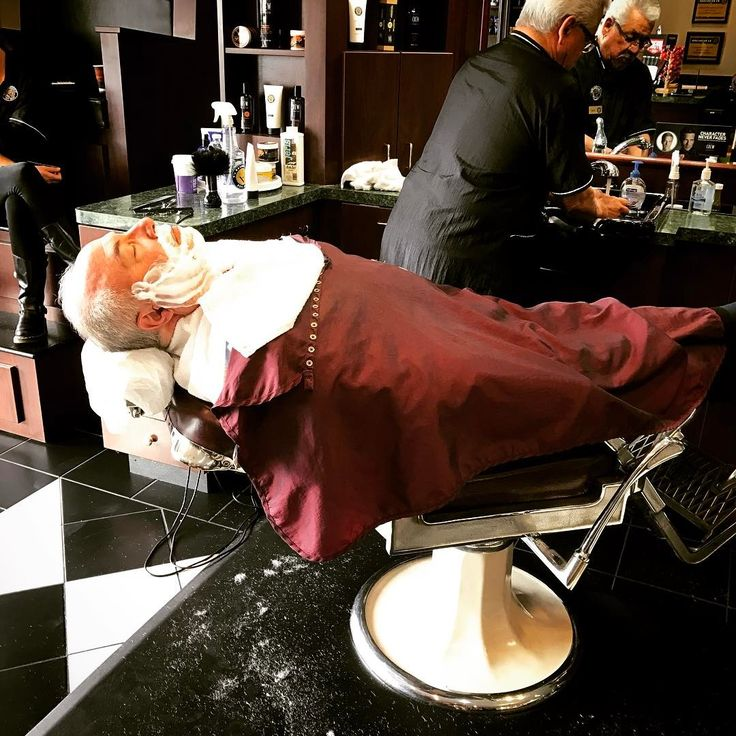 Nothing beats the relaxation of a shave. #vbarbershop #san Clemente #barber #straight razor.