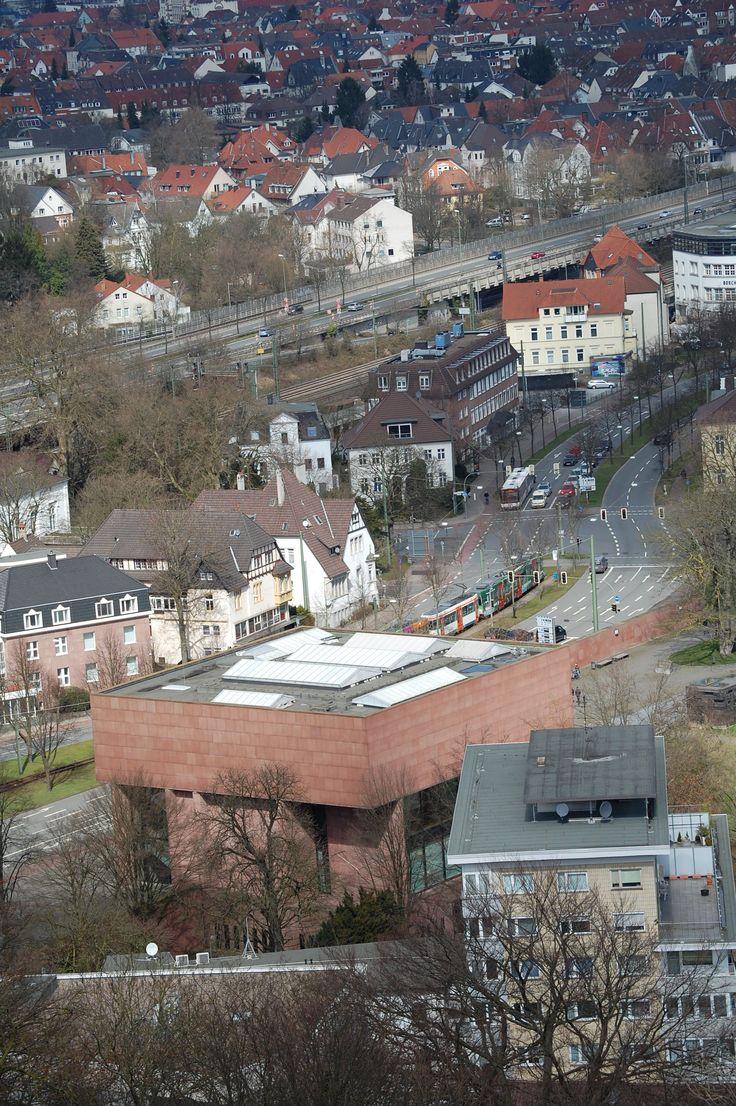 Stadt Bielefeld - Und von hier aus, hat man auch einen guten Blick auf die Kunsthalle.