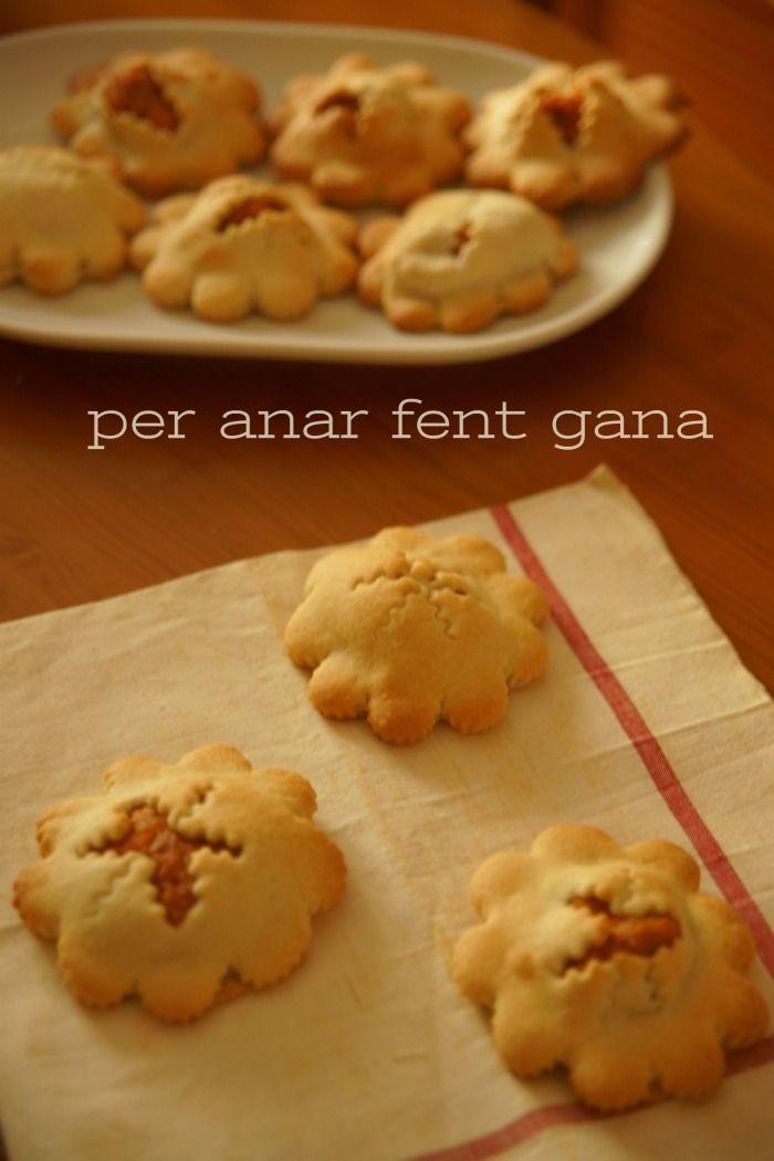 Per Anar Fent Gana ♥ by Marga cuina i receptas menorquines : ❥ Crespells menorquins plens de monyaco i prims