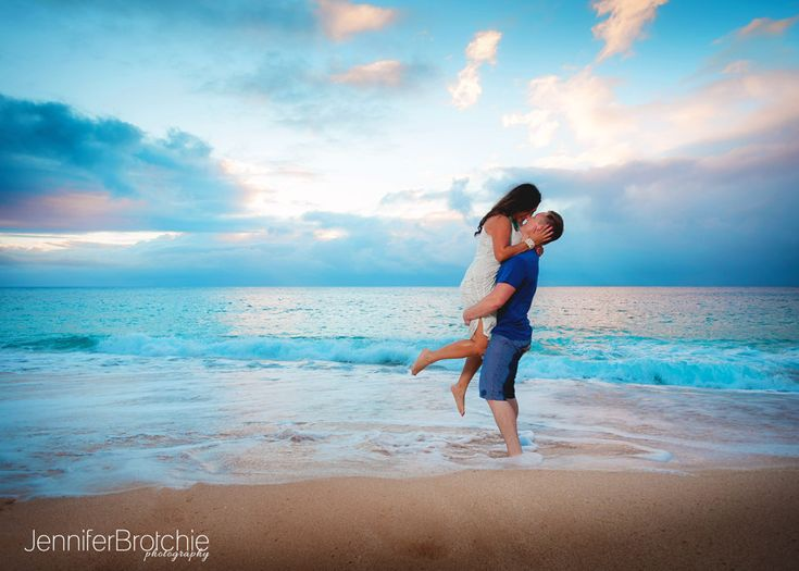 Oahu family photography waikiki vacation beach portraits for Couples vacations in usa