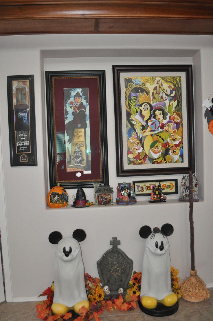 Disney Halloween Decorations - Mickey Mouse www.mydisneylove.com