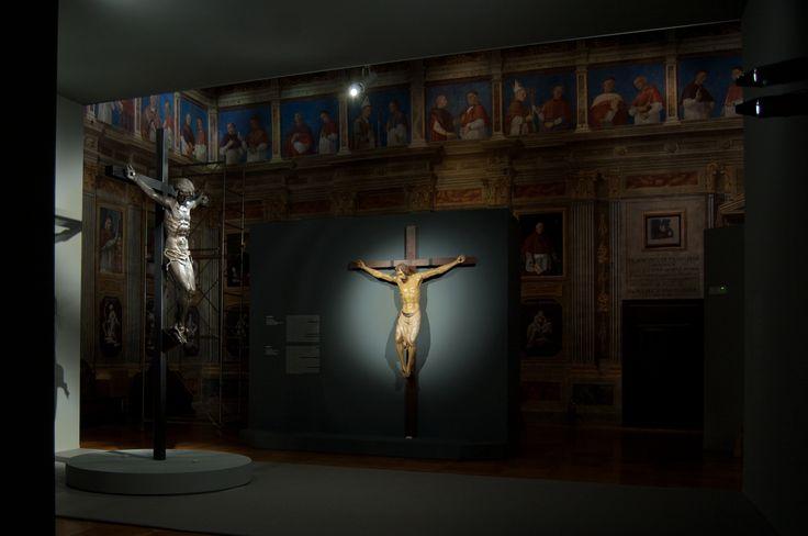 architetto Fabrizio Cattaruzza - allestimento al Museo Diocesano Padova - Donatello: crocifissi provenienti da Firenze, basilica di S. Croce e da Padova, basilica di S. Antonio