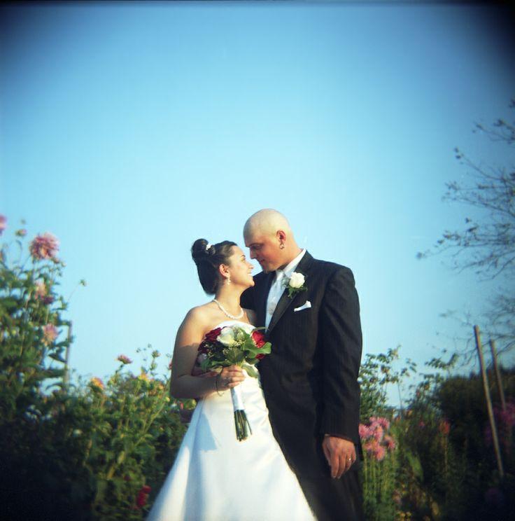 Bride and groom, Salem Cross Inn, MA.