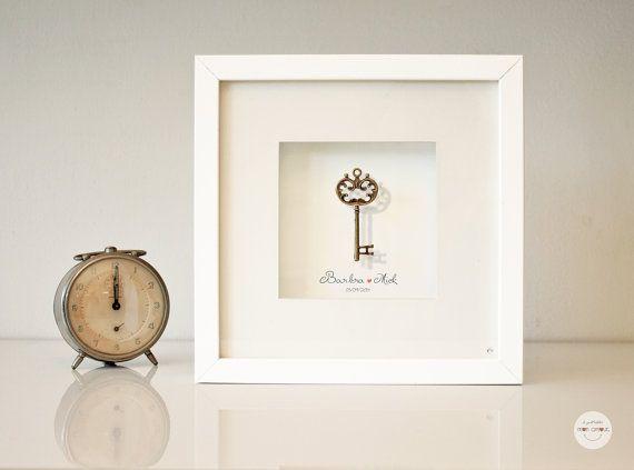 Quadro personalizzato Matrimonio, regalo Anniversario, regalo Nozze bronzo - chiave bronzo antico - incorniciato con vetro