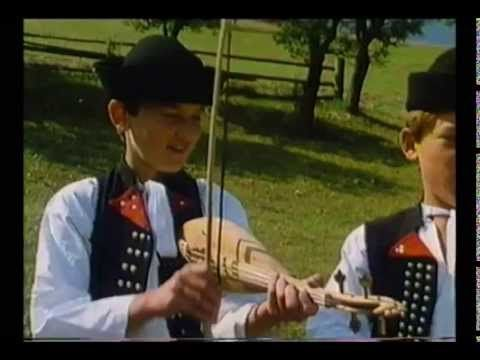 Korýtková Terchovská muzika Traditional Slovakian instruments and music