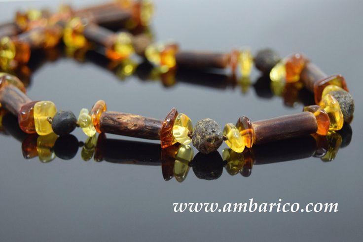 """Collar gargantilla con ambar y madera """"Unisex""""    de www.ambarico.com por DaWanda.com"""