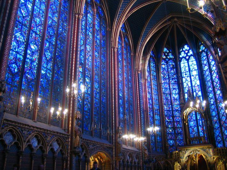 サント・シャペル  シテ島にある教会のパリ最古のステンドグラス