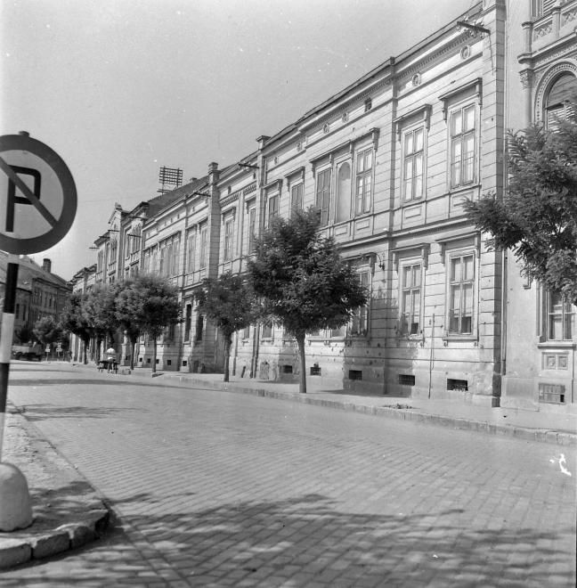 Vörösmarty tér 8.