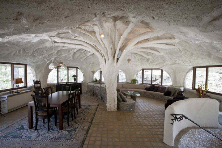 A Tree In The Living Room? I Didn't Understand Until I Saw The Outside Of This Magical Home. -